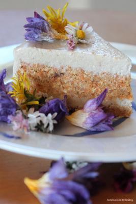 Dreamy Raw Carrot Cake