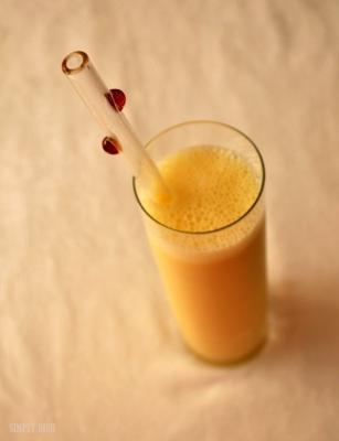 Cold Bustin Mango Orange Smoothie
