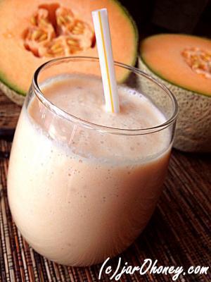 Creamy Cantaloupe Smoothie