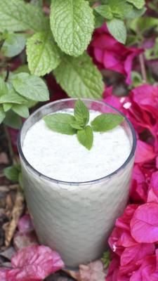 Minted Cashew Coconut Milk