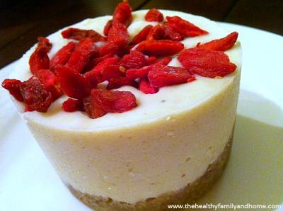 Goji Lemon Cheesecake