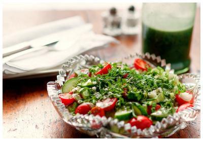 Tomato Salad with Spirulina Dressing