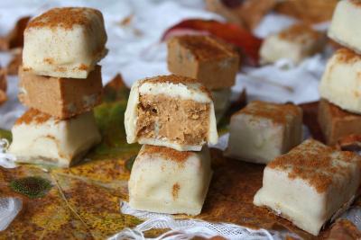 White Chocolate Pumpkin Pecan Fudge