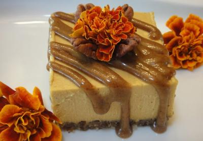 Pumpkin Spice Cheesecake with Pecan Caramel Sauce