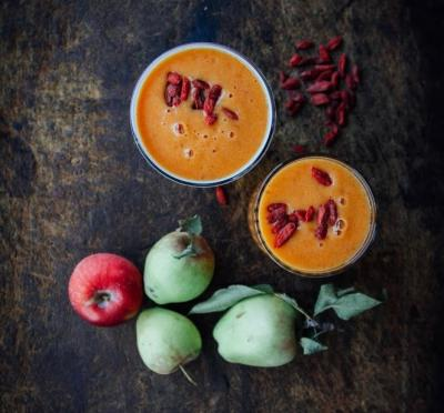Goji Apple Smoothie