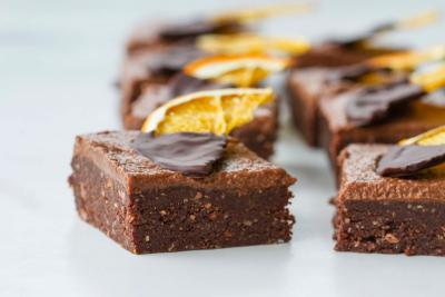 The Best Raw Brownies EVER