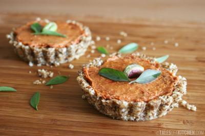 Raw Tomato Mini Snack Tarts