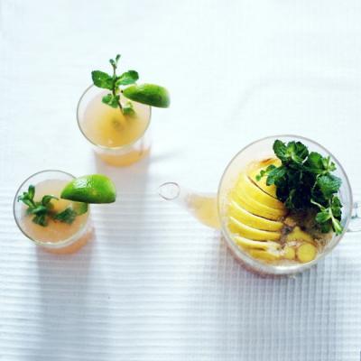 Citrusy New Years Kombucha Drink
