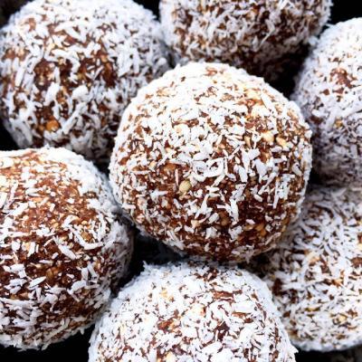 Coconut Cacao Mint Blissballs