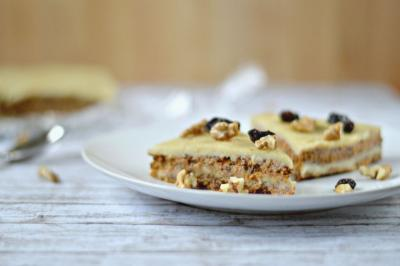 Raw Vegan Carrot Cake