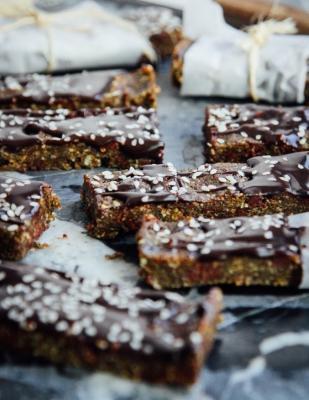 Chocolate + Hemp Protein Bars