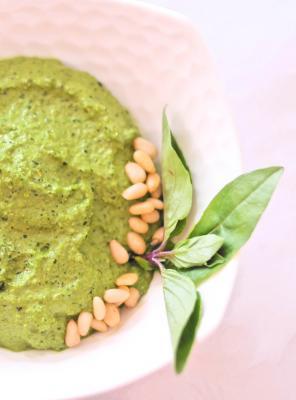 Creamy Raw Vegan Pesto