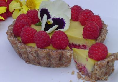 Raspberry Mago Tart