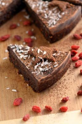 Raw Mint Brownie Cake