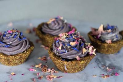 Raw Lavender Fig Tarts