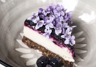 Wild Blueberry Cream Cake