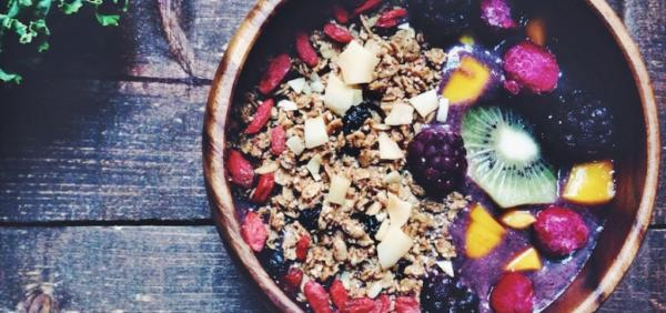 Berry and Kale Superfood Breakfast Bowl