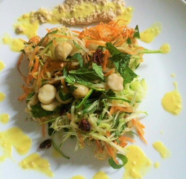 Raw Som Tam Thai Salad
