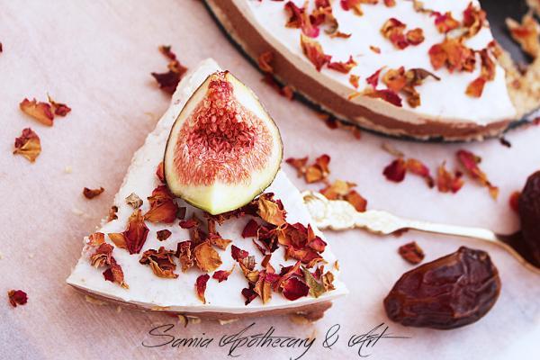 Fig Rose Jasmine and Chocolate Cake