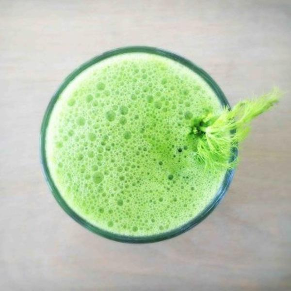 Fennel Pear Green Juice (without a juicer!)