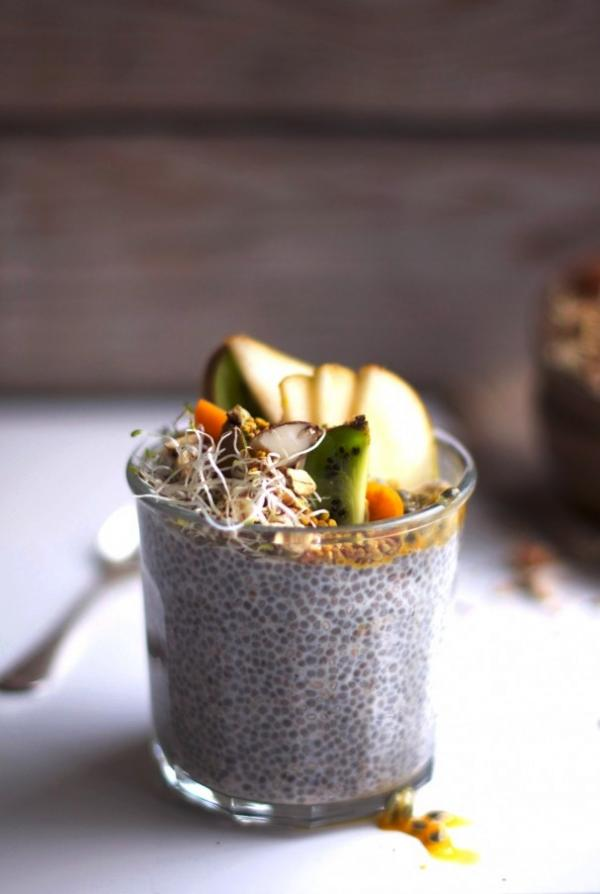 Overnight Chia Breakfast with Crunchy Topping