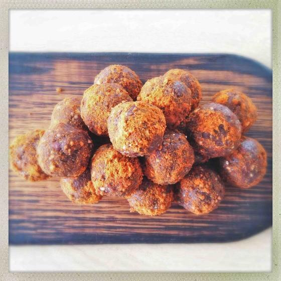 Almond Butter Chocolate Protein Balls