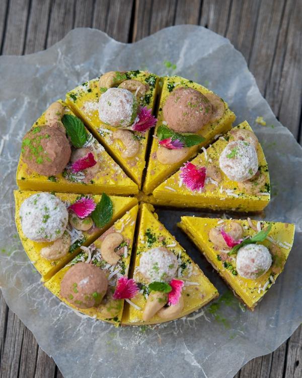 Pineapple Ginger Cheesecake