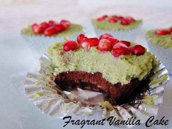 Raw Matcha Dark Chocolate Pomegranate Cups