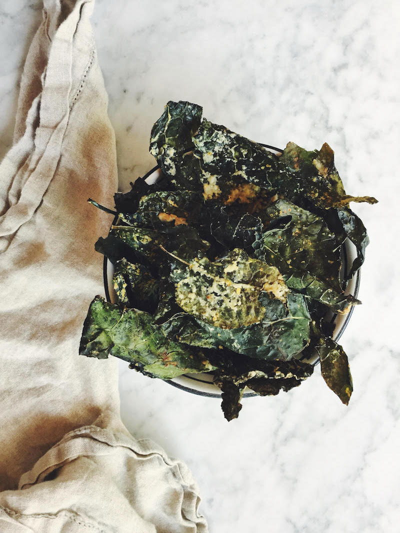 Oven Toasted Cheesy Tahini Kale Chips (Vegan, Paleo, EASY)
