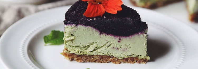 Vegan No-Bake Matcha Blueberry Lemon Cheesecake