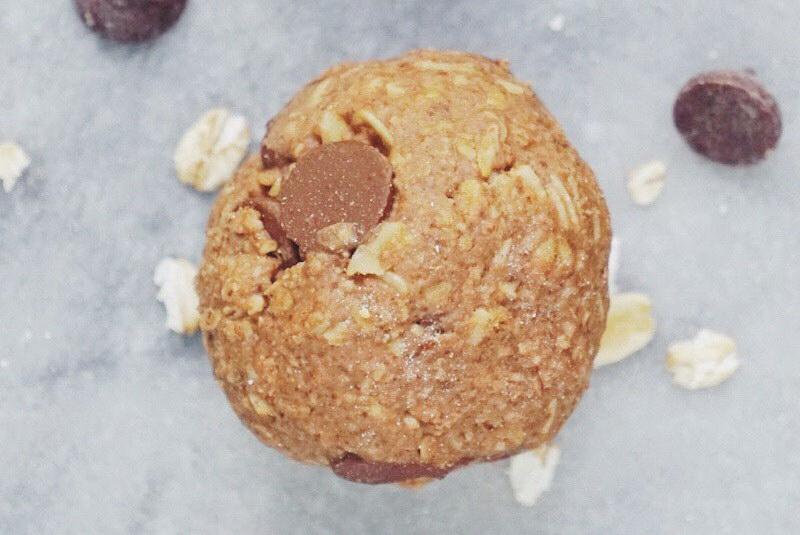 Rawmio Almond Oatmeal Cookie Dough Balls